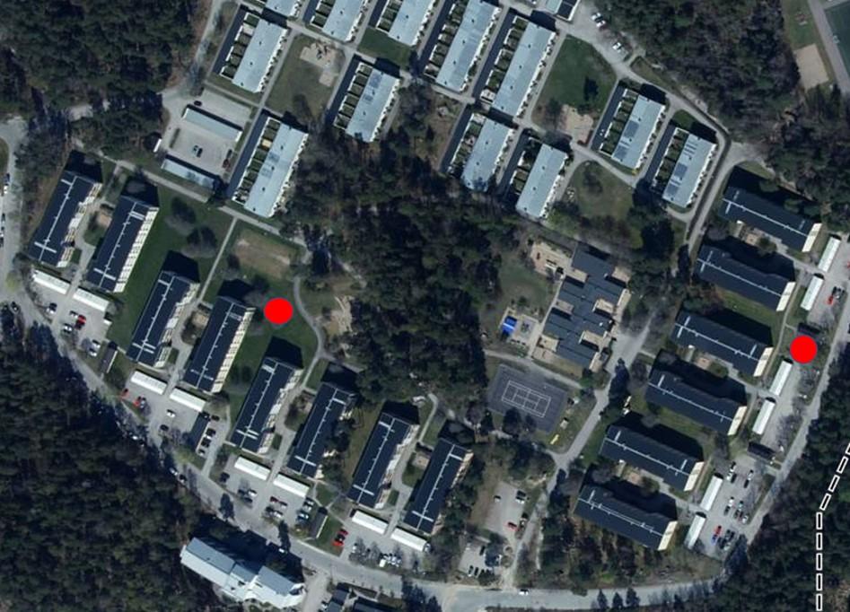Flytbild med grillplatserna utmärkta av röda punkter